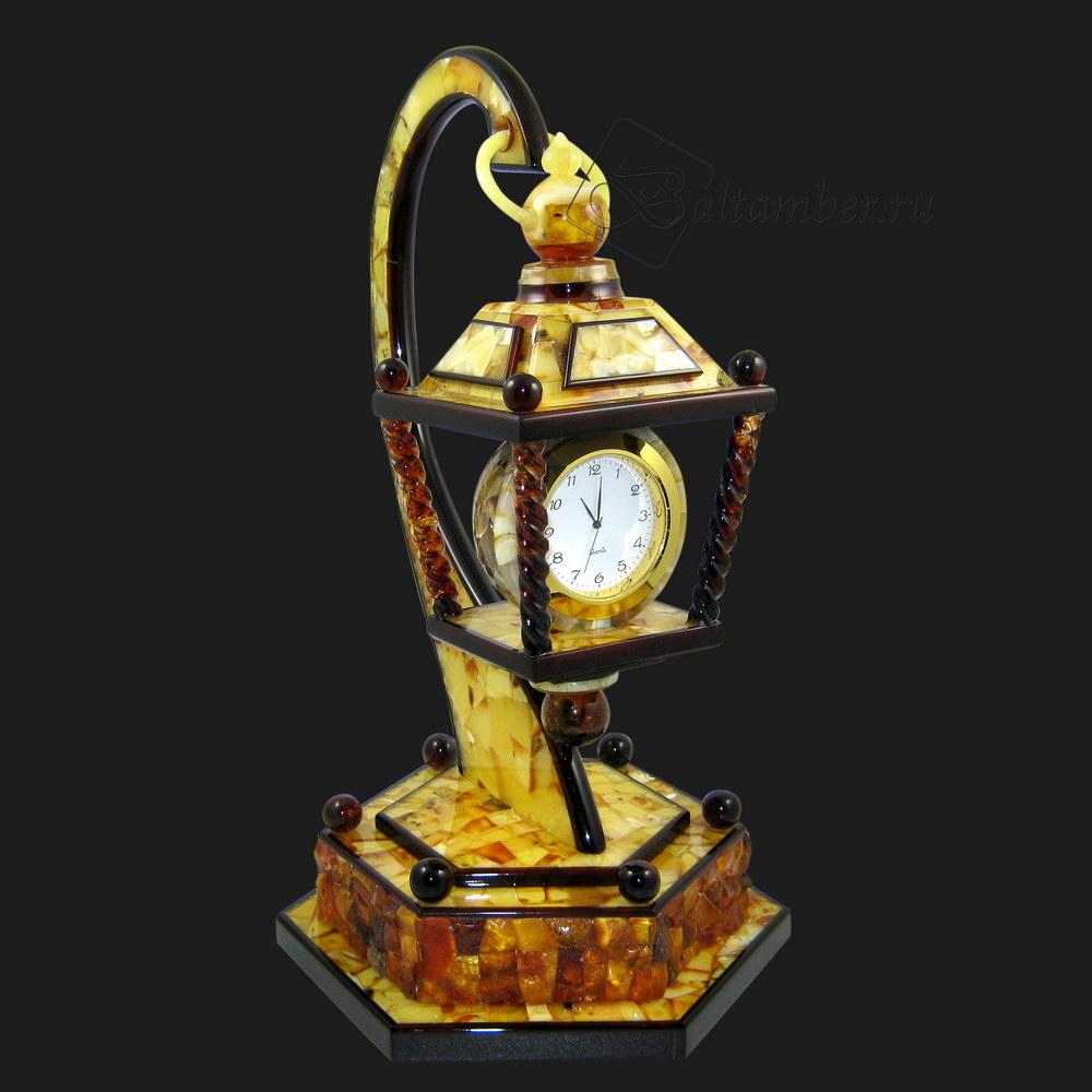 Купить часы настольные из балтийского янтаря.
